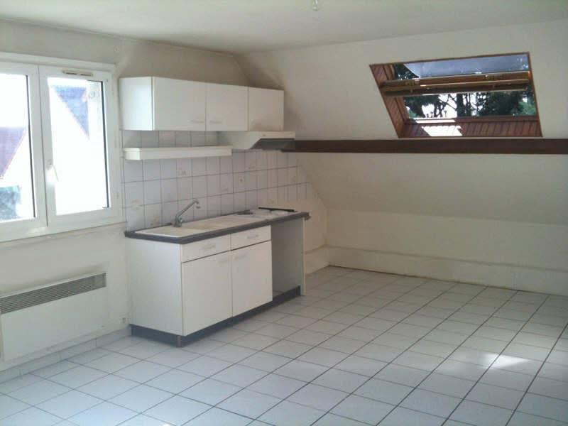 Rental apartment La ville du bois 765€ CC - Picture 1