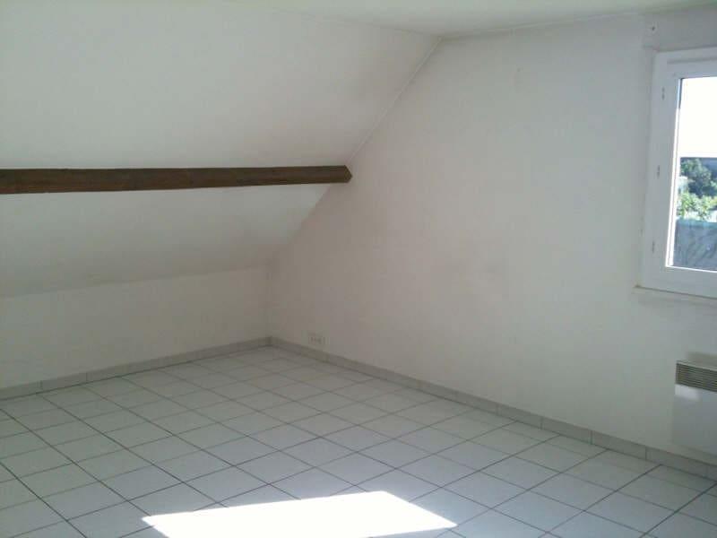 Rental apartment La ville du bois 765€ CC - Picture 2