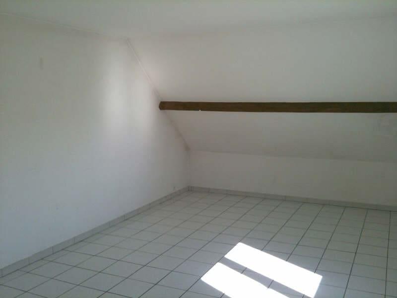 Rental apartment La ville du bois 765€ CC - Picture 3