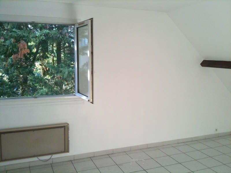 Rental apartment La ville du bois 765€ CC - Picture 6