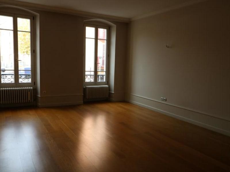 Location appartement Bonneville 1565€ CC - Photo 3