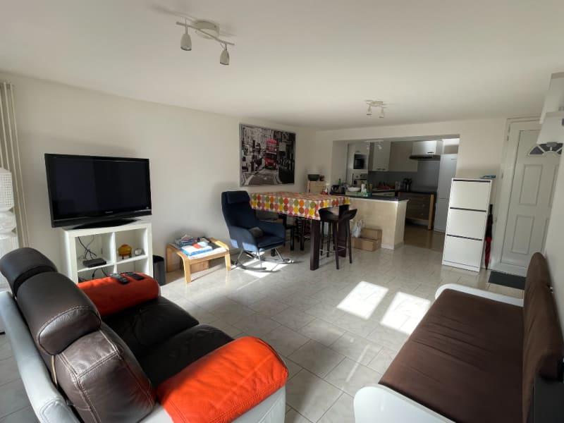 Sale apartment Falaise 114300€ - Picture 2