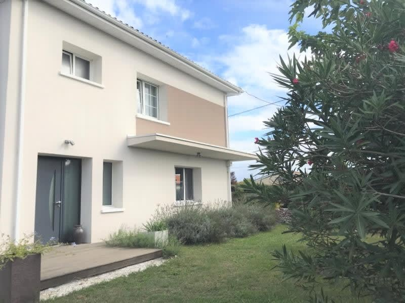 Vente maison / villa St andre de cubzac 640500€ - Photo 2