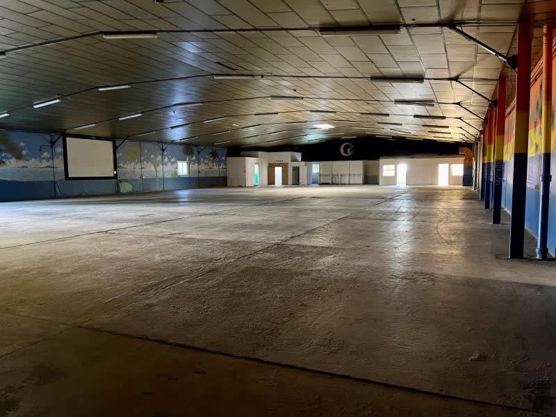 Rental empty room/storage Colomiers 5330€ HC - Picture 3