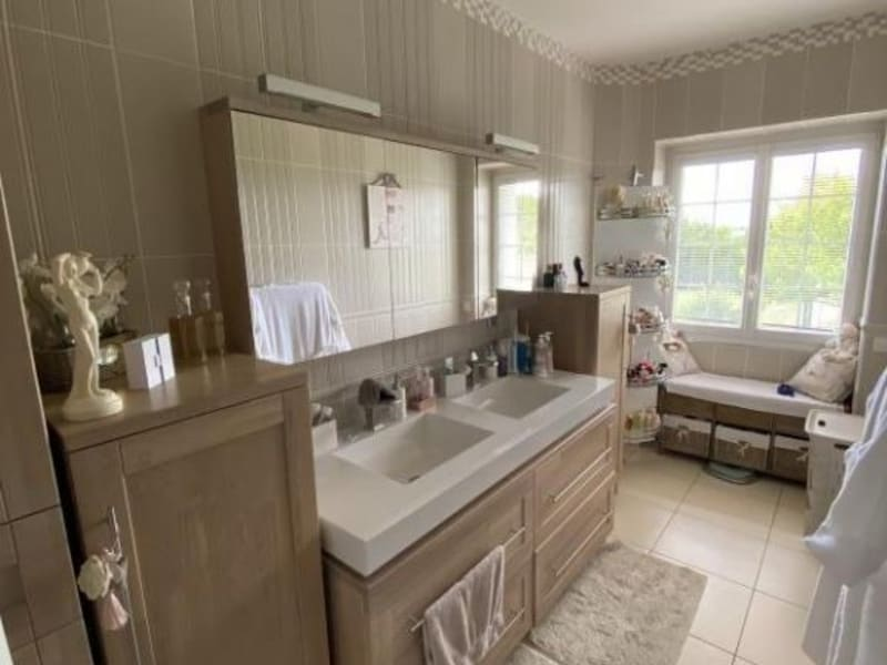Vente maison / villa Antran 440000€ - Photo 6