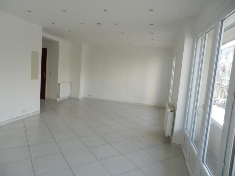 Sale apartment Toulon 125000€ - Picture 1