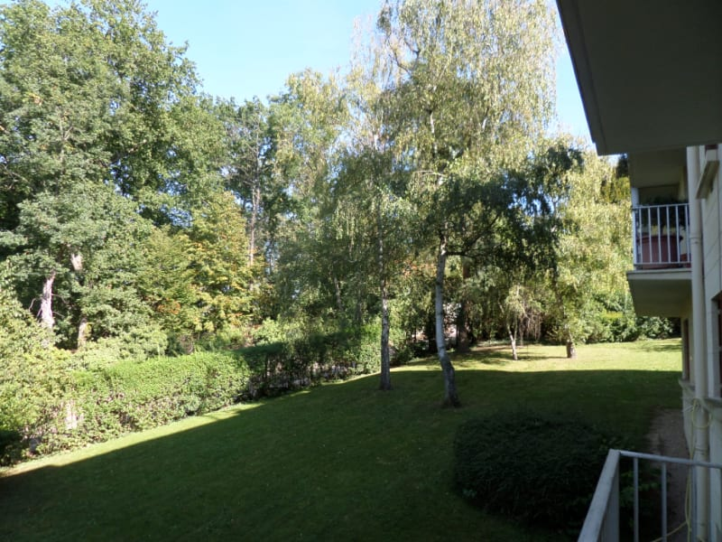 Sale apartment La celle saint cloud 390000€ - Picture 4