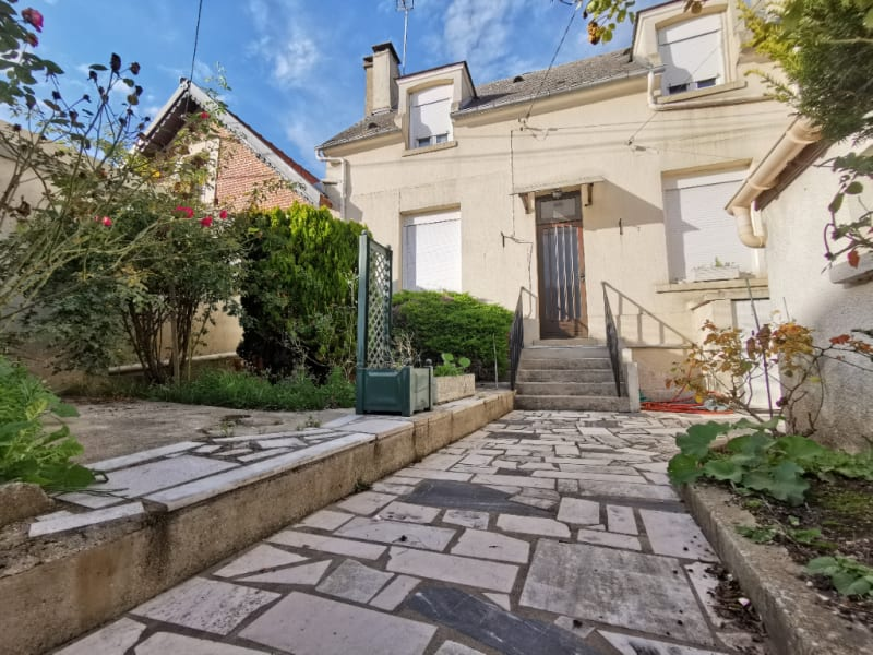 Sale house / villa Neuilly en thelle 209000€ - Picture 1