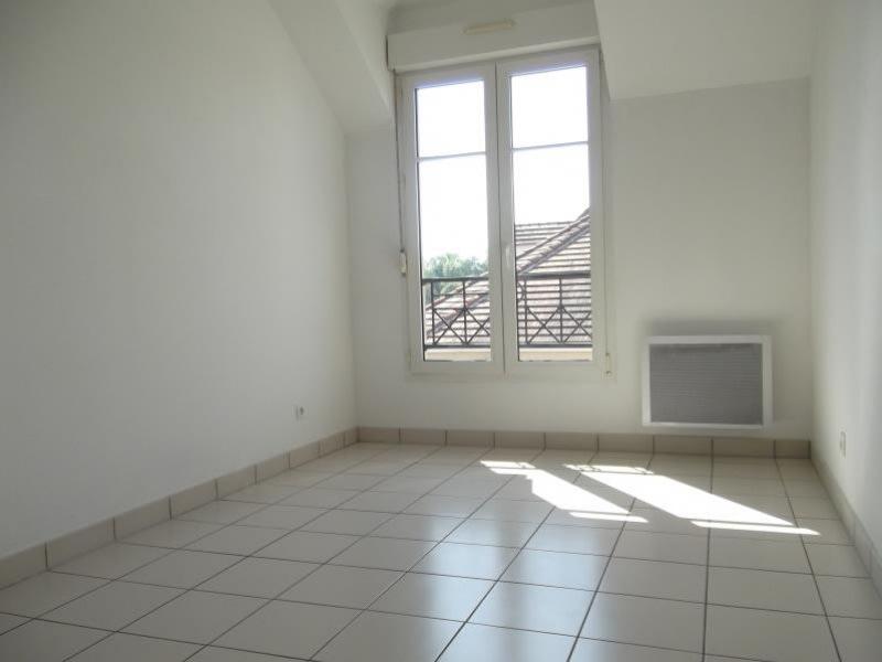 Rental apartment Voisins le bretonneux 1680€ CC - Picture 6