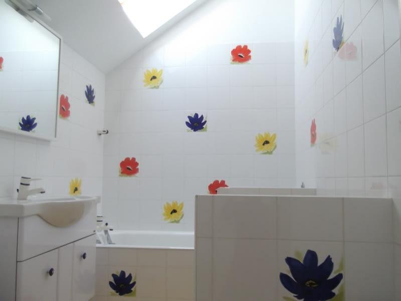 Rental apartment Voisins le bretonneux 1680€ CC - Picture 7