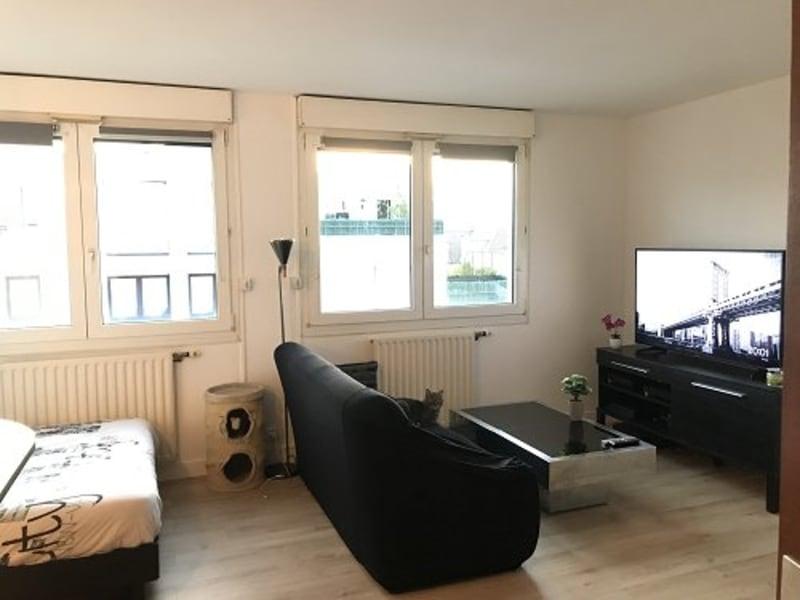 Sale apartment Plaisir 166000€ - Picture 2