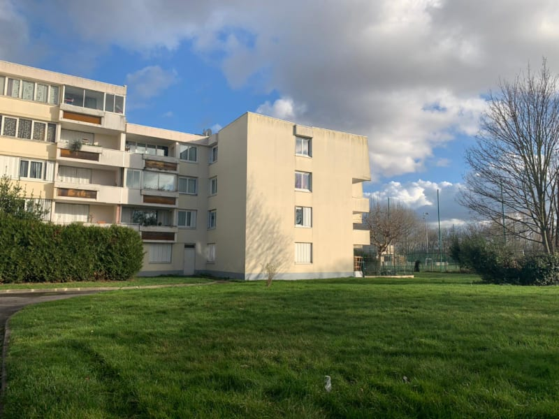 Sale apartment Gonesse 186000€ - Picture 1