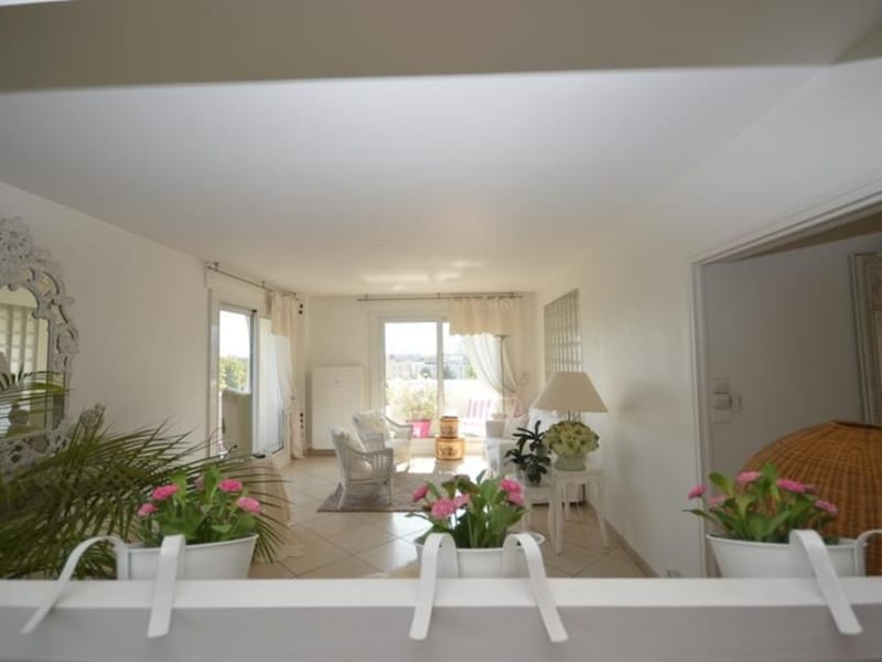 Sale apartment Meylan 375000€ - Picture 1