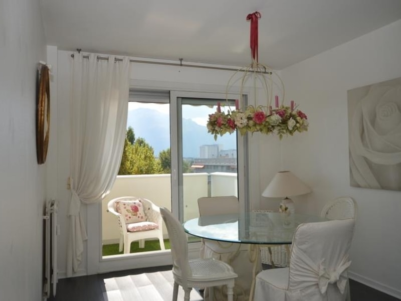 Sale apartment Meylan 375000€ - Picture 3