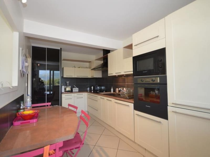 Sale apartment Meylan 375000€ - Picture 5