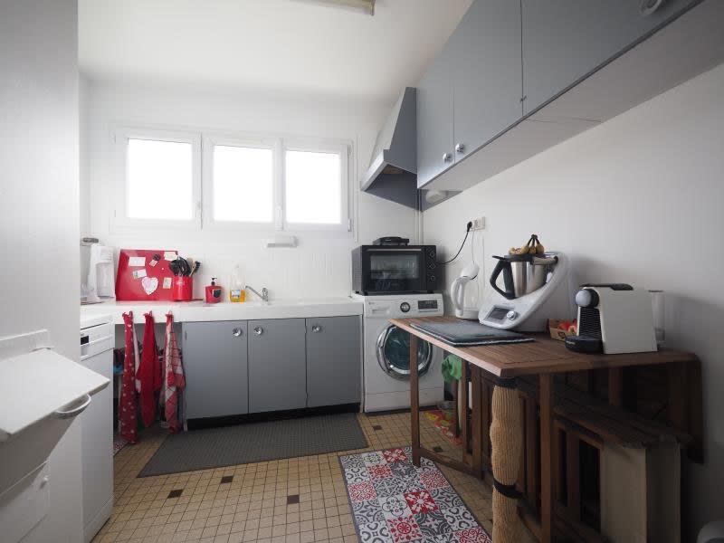 Rental apartment Bois d arcy 1065€ CC - Picture 4