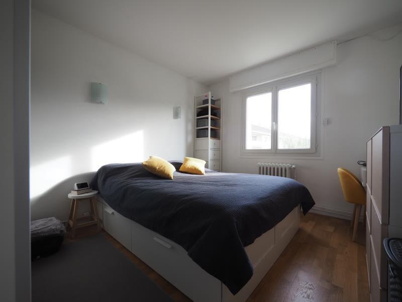 Rental apartment Bois d arcy 1065€ CC - Picture 5
