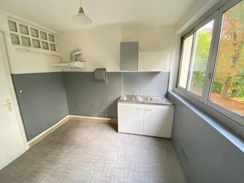 Rental apartment Le pecq 1066€ CC - Picture 3