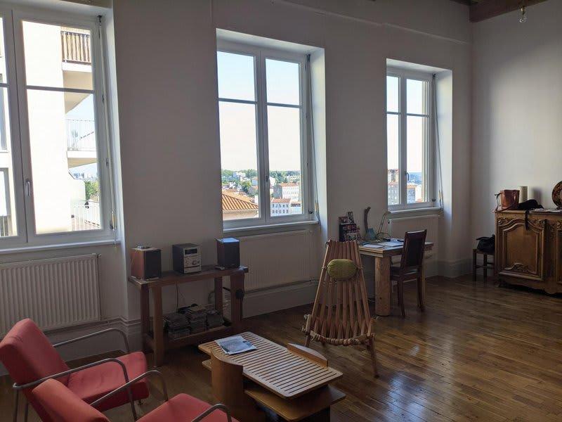 Lyon-4eme-arrondissement - 3 pièce(s) - 84 m2