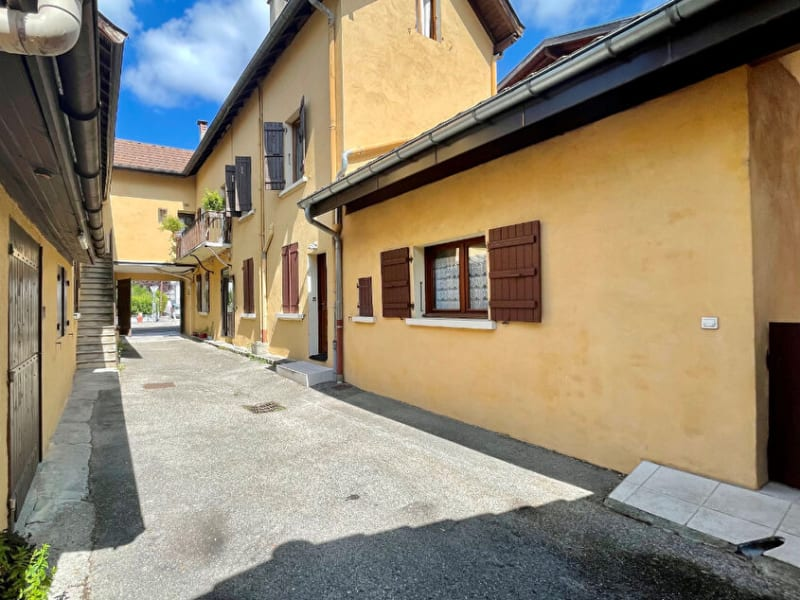 Sale apartment Annecy 379000€ - Picture 2