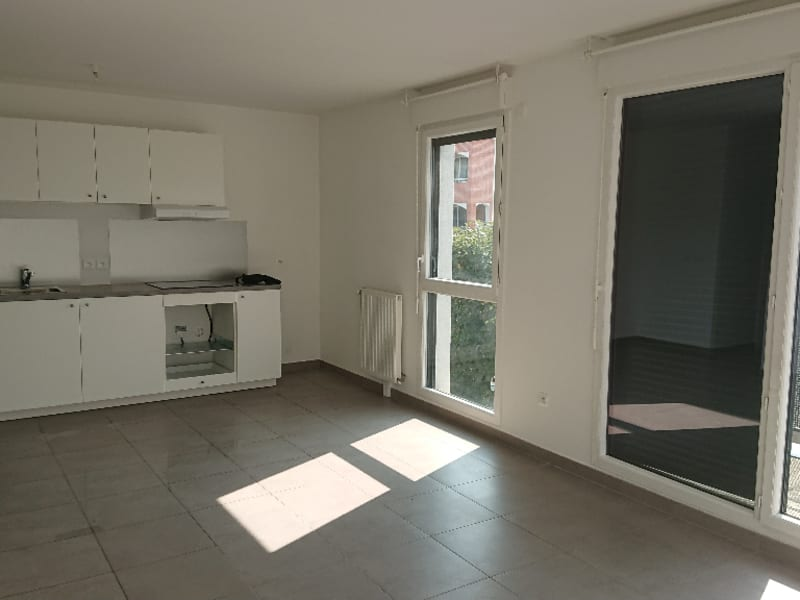 Rental apartment Athis mons 1048,60€ CC - Picture 3