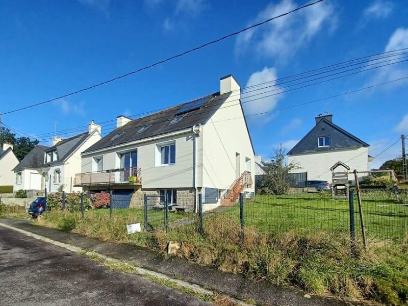 Sale house / villa Carhaix plouguer 157940€ - Picture 1