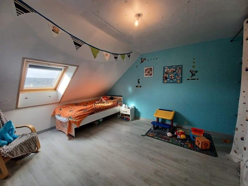 Sale house / villa Carhaix plouguer 157940€ - Picture 6