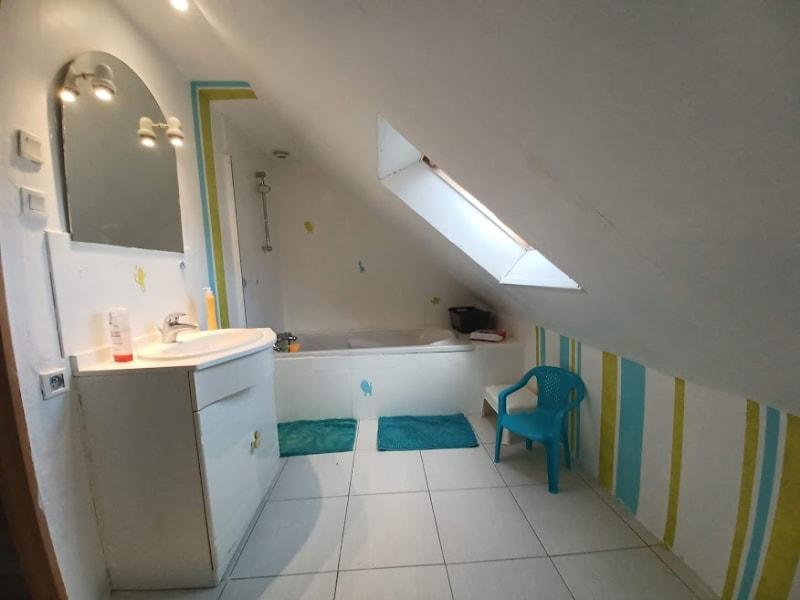 Sale house / villa Carhaix plouguer 157940€ - Picture 8