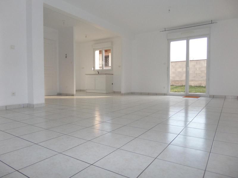 Location maison / villa St julien 930€ CC - Photo 2