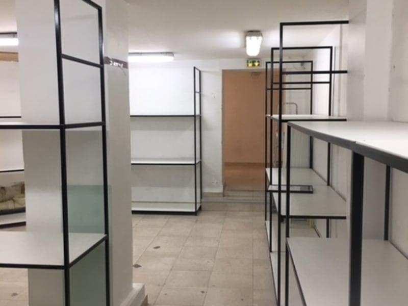 Rental empty room/storage Paris 2ème 4617€ CC - Picture 8
