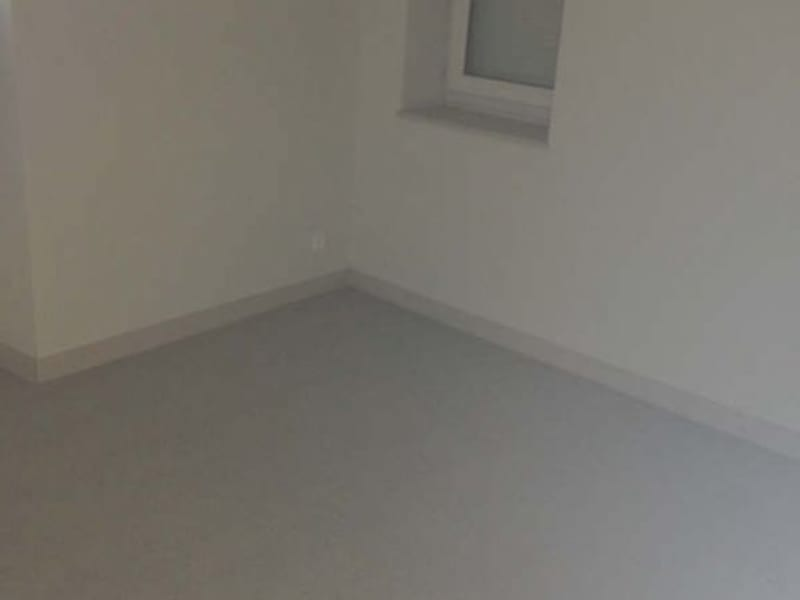 Location appartement Poitiers 509,53€ CC - Photo 3