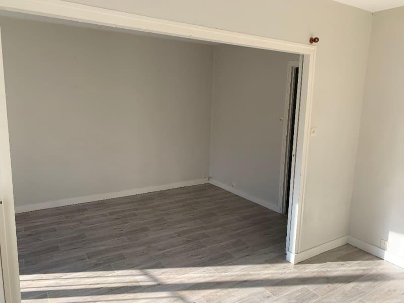 Rental apartment Niort 360€ CC - Picture 4