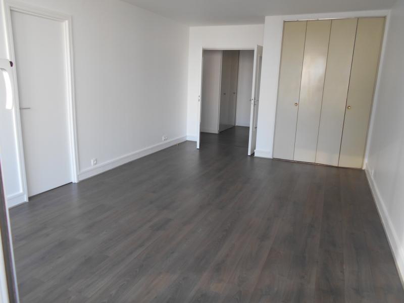 Location appartement Puteaux 1360€ CC - Photo 4
