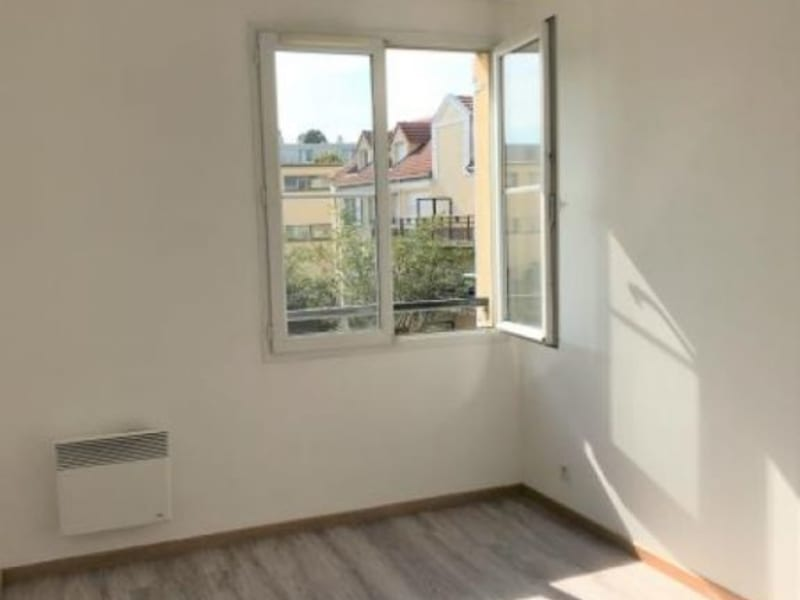 Alquiler  apartamento Trappes 960€ CC - Fotografía 6