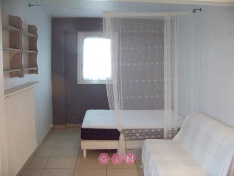 Rental apartment Poissy 651,16€ CC - Picture 3