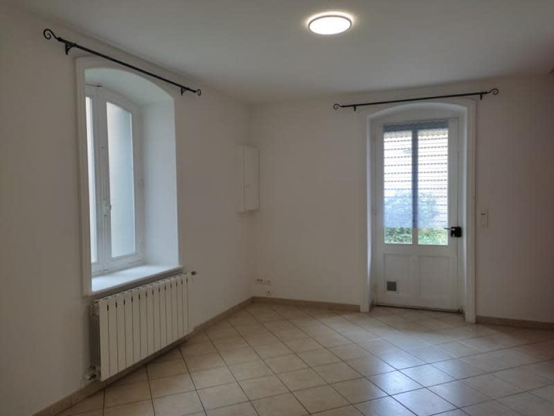 Location appartement Roanne 430€ CC - Photo 2