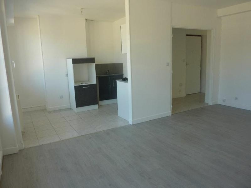 Vente appartement Lisieux 75000€ - Photo 2