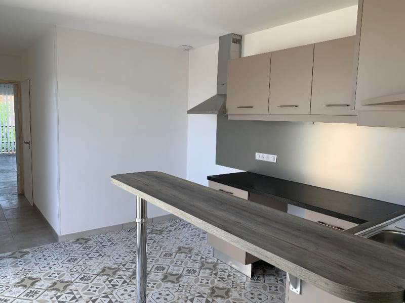 Rental apartment Niort 790€ CC - Picture 2