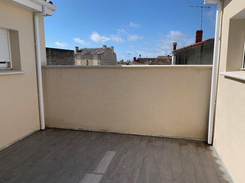 Rental apartment Niort 790€ CC - Picture 5