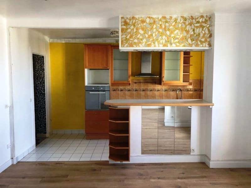 Rental apartment Clamart 1050€ CC - Picture 2