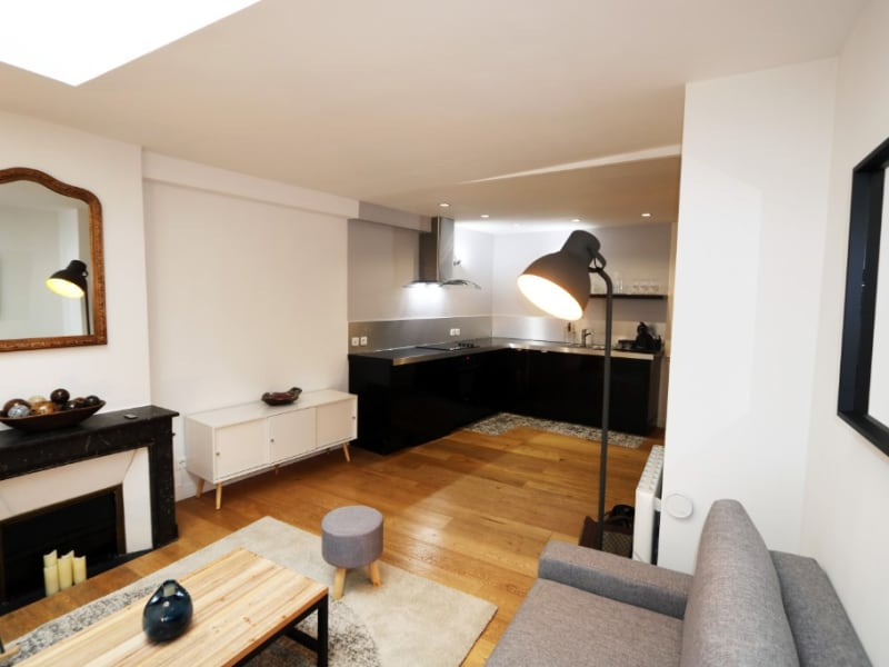 Rental apartment Paris 6ème 1780€ CC - Picture 2