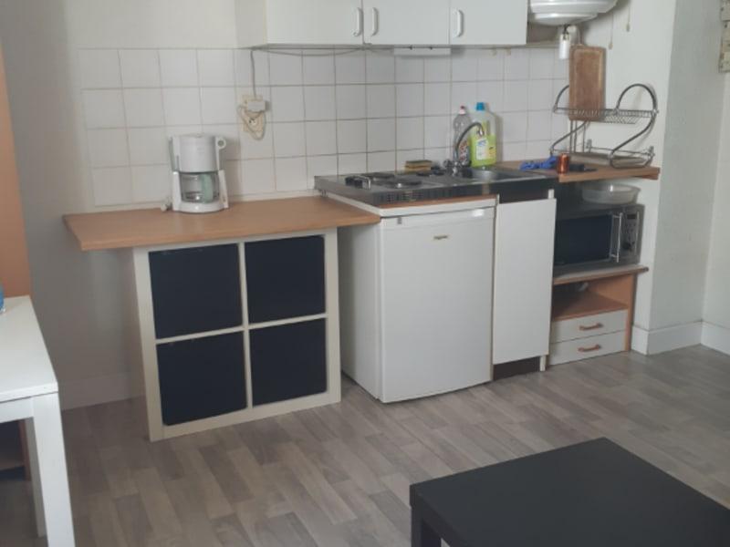 Location appartement Saint nazaire 305€ CC - Photo 2