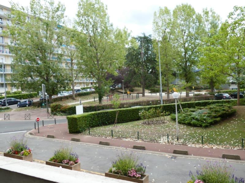 Sale apartment Le pecq 257000€ - Picture 1