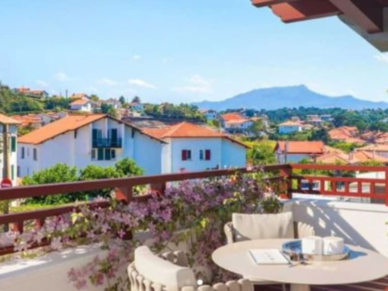Sale apartment Biarritz 1380000€ - Picture 2