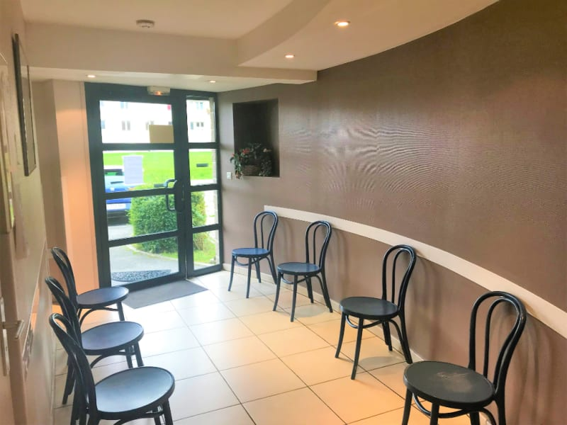 Location local commercial Longuenesse 550€ HC - Photo 2