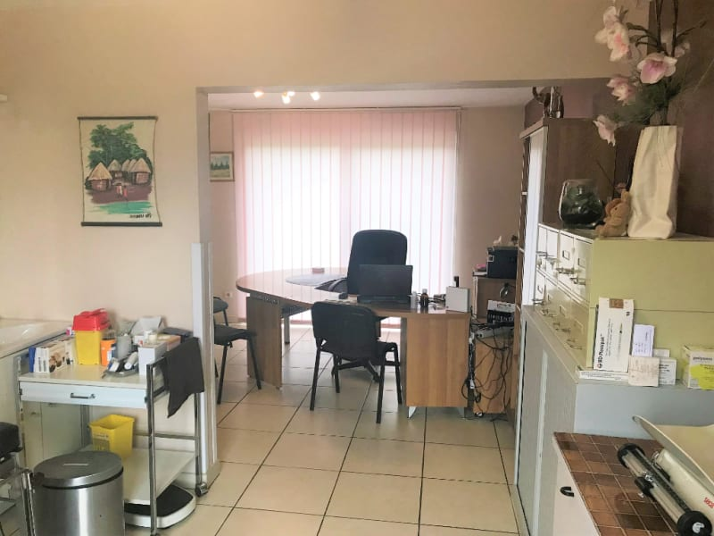 Location local commercial Longuenesse 550€ HC - Photo 3