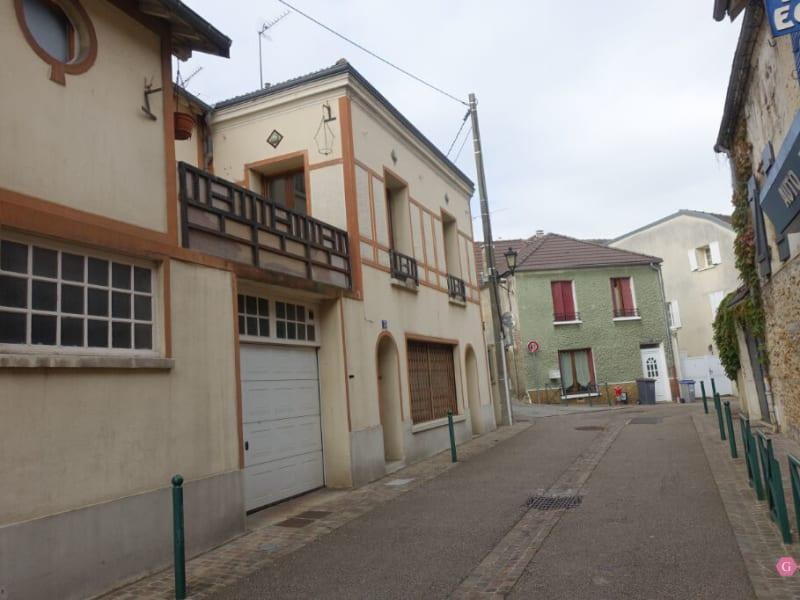 Rental house / villa Chanteloup les vignes 1350€ CC - Picture 4