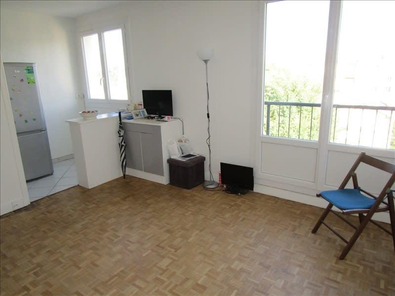 Rental apartment Le vesinet 650€ CC - Picture 1