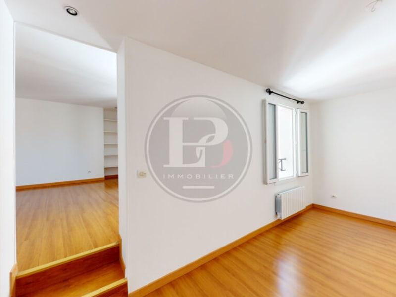 Rental apartment Saint germain en laye 1095€ CC - Picture 2