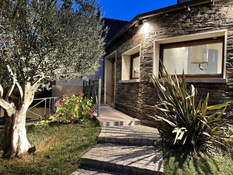 Sale house / villa Chevilly larue 860000€ - Picture 1